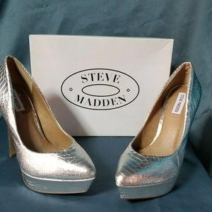 Steve madden  Artist snakeskin pumps 9.5